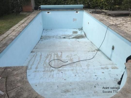 Avant sablage de piscine