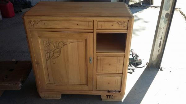 Décaper un meuble vernis